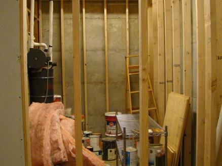 Framing before insulation, vapor barrier and sheetrock